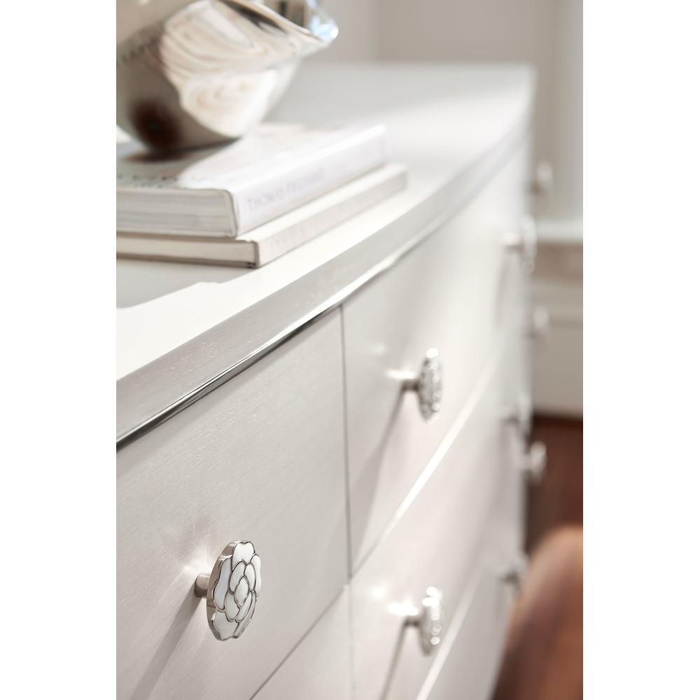 Silhouette Dresser in Eggshell (307)