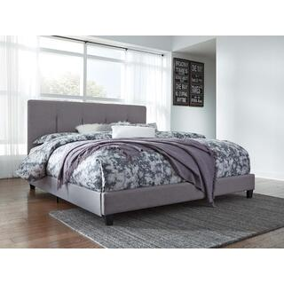 Dolante IV King Upholstered Bed