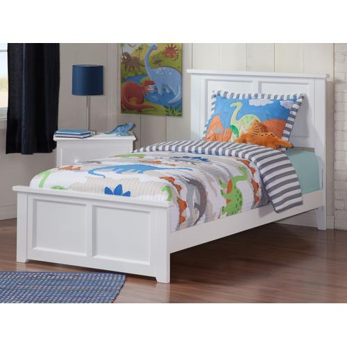 Madison Twin Bed with Matching Foot Board in White