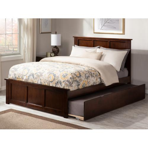 Madison Full Bed with Matching Foot Board with Urban Trundle Bed in Walnut
