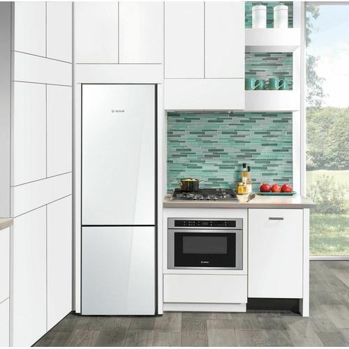 Bosch - 800 Series Free-standing fridge-freezer with freezer at bottom, glass door 23.5'' White B10CB81NVW