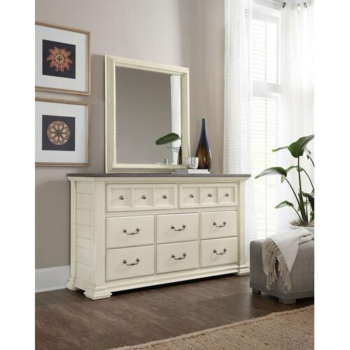 Bedroom Sturbridge Eight-Drawer Dresser