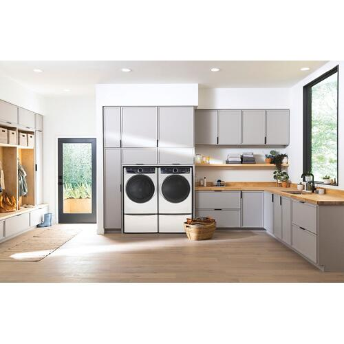 Electrolux - Front Load Perfect Steam™ Gas Dryer with LuxCare® Dry and Instant Refresh - 8.0 Cu. Ft.