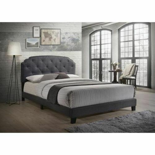Gallery - Tradilla Queen Bed