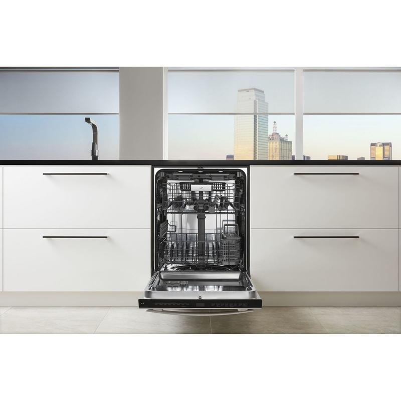 "Euro-Style 24"" Built-In TriFecta Dishwasher, 38dBA Stainless Steel"