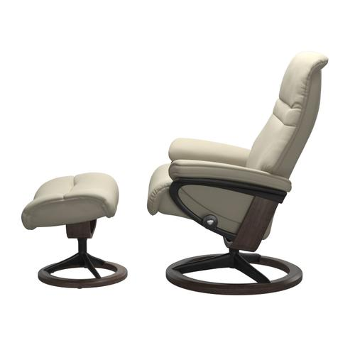 Stressless By Ekornes - Stressless® Sunrise (S) Signature chair with footstool