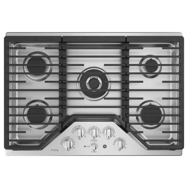 "30"" Built-In Tri-Ring Gas Cooktop with 5 Burners and Included Extra-Large Integrated Griddle"