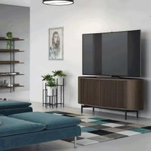 Media Console 9650 in Environmental