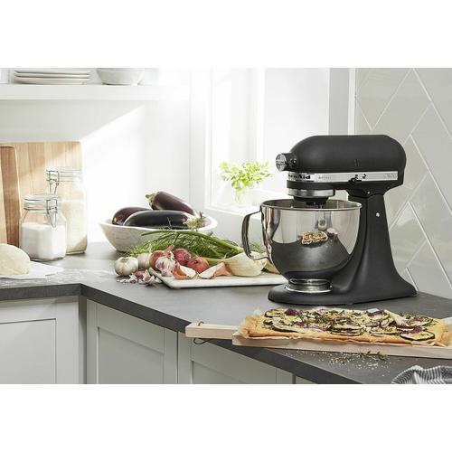 KitchenAid Canada - Artisan® Series 5-Quart Tilt-Head Stand Mixer - Cast Iron Black