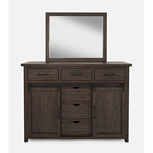 Madison County 5 PC Queen Panel Bedroom: Bed, Dresser, Mirror, Nightstand, Chest - Barnwood