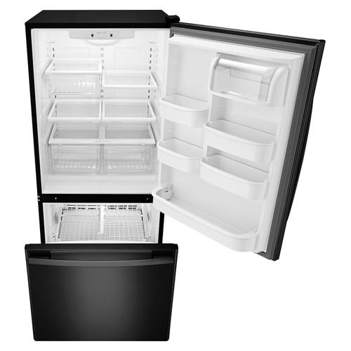 29-inch Wide Bottom-Freezer Refrigerator with EasyFreezer Pull-Out Drawer -- 18 cu. ft. Capacity Black