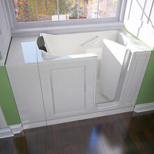 Luxury Series 28x48 Walk-in Tub  Right Drain  American Standard - White