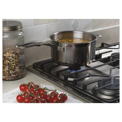 "GE® 30"" Built-In Gas Cooktop with Dishwasher-Safe Grates"