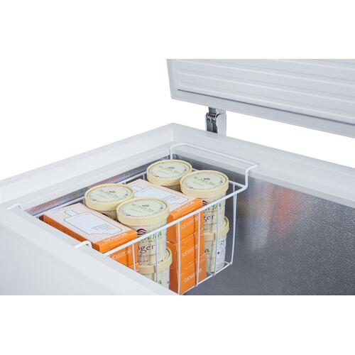 Commercially Listed 7 CU.FT. Manual Defrost Chest Freezer In White With Stainless Steel Corner Protectors