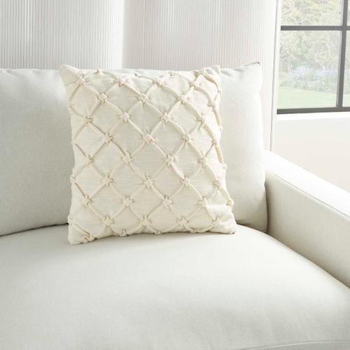 """Kathy Ireland Pillow Aa242 Ivory 18"""" X 18"""" Throw Pillow"""