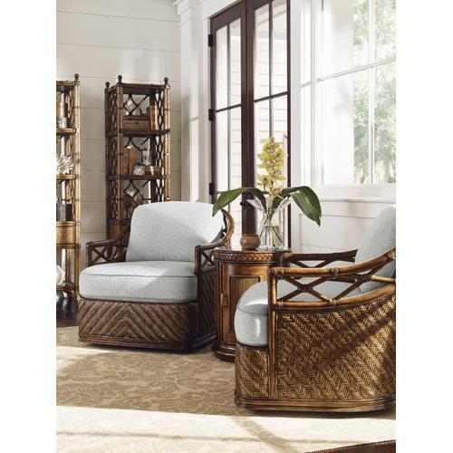 Diamond Cove Swivel Chair
