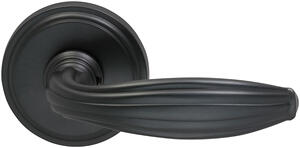 Interior Traditional Lever Latchset in (US10B Black, Oil-Rubbed, Lacquered) Product Image