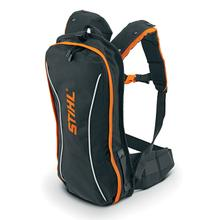 A comfortable, affordable and lightweight carrying option for up to two STIHL AP batteries.