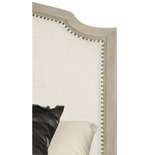 Queen Santa Barbara Upholstered Sleigh Bed in Sandstone (385)