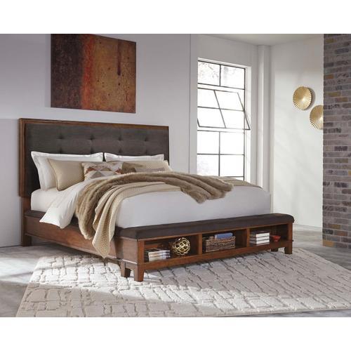 Ashley Furniture - ASHLEY B594-31-36-58-56-97 Ralene 3-Piece Bedroom Group - King Bed, Dresser & Mirror