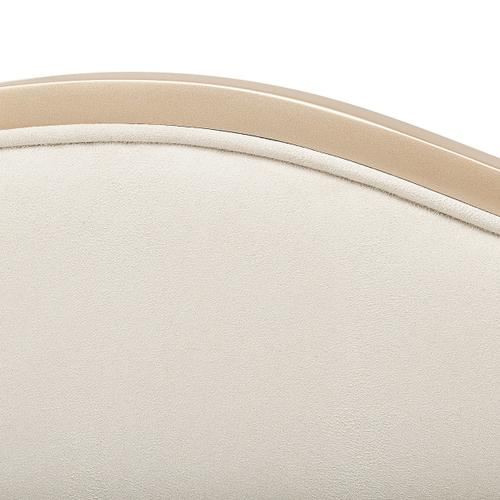 Amini - Queen Curved Panel Bed (3 Pc)