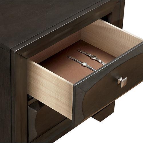 Clotilde Dresser