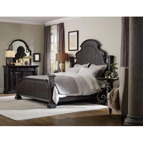 Bedroom Treviso Round Nightstand