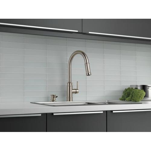 Spotshield Stainless Single Handle Pull-Down Kitchen Faucet