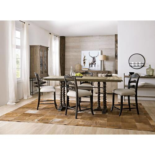 Dining Room La Grange 60in Friendship Table w/2-12in Leaves