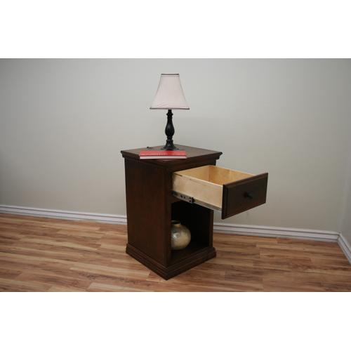 A-T447 Traditional Alder One Drawer Nightstand