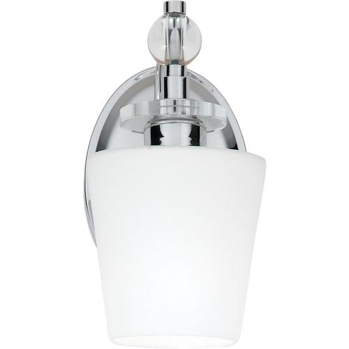 Quoizel - Hollister Wall Sconce in Polished Chrome