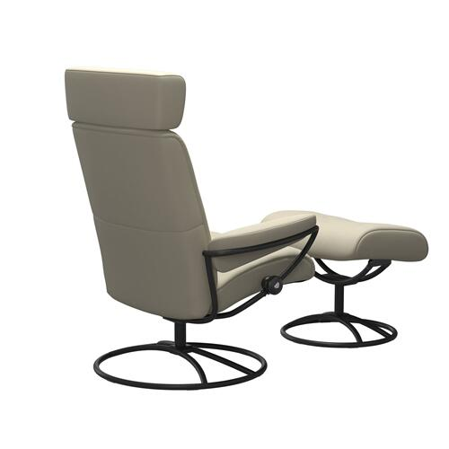 Stressless By Ekornes - Stressless® Metro Original Adjustable headrest Chair with Ottoman