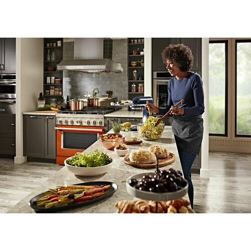 KitchenAid Canada - KitchenAid® 36'' Smart Commercial-Style Dual Fuel Range with 6 Burners - Scorched Orange