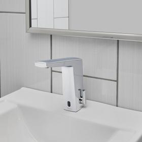 Paradigm Selectronic Faucet with Above Deck Mixing and SmarTherm Safety Shut-Off - DC Powered - 0.5 GPM  American Standard - Polished Chrome