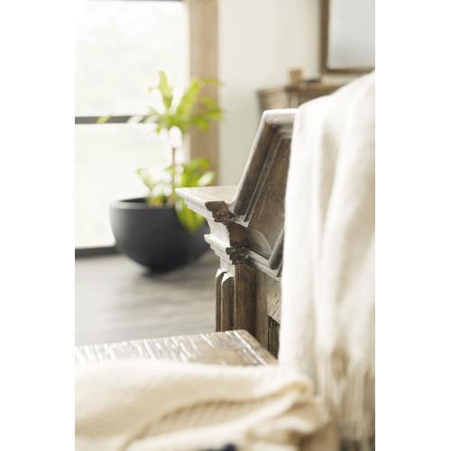 Bedroom La Grange Fayette Queen Upholstered Bed