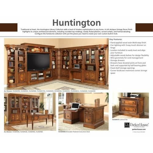 HUNTINGTON Outside Corner Bookcase