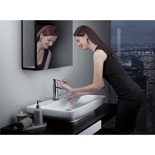 Chrome Single Handle Bathroom Faucet with Touch 2 O.xt ® Technology
