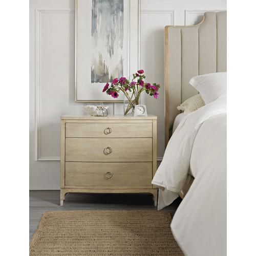 Bedroom Newport Butano Three-Drawer Nightstand