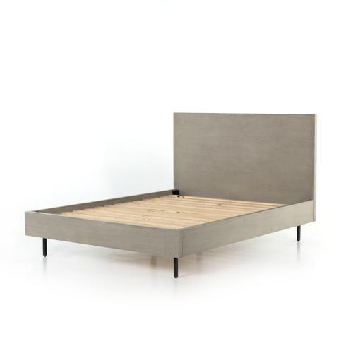 Four Hands - Queen Size Carly Bed