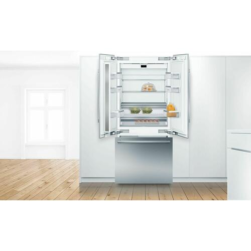 Benchmark® Built-in Bottom Freezer Refrigerator 36'' B36BT930NS