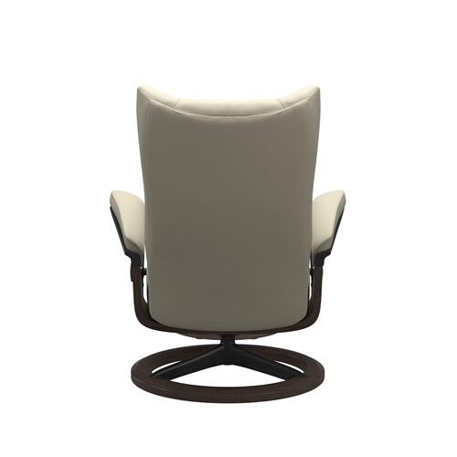 Stressless By Ekornes - Stressless® Wing (S) Signature chair with footstool