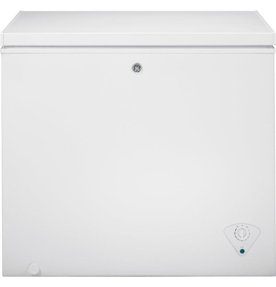 GE7.0 Cu. Ft. Manual Defrost Chest Freezer