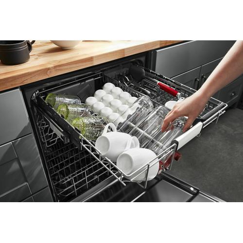 KitchenAid Canada - 44 dBA Dishwasher in PrintShield™ Finish with FreeFlex™ Third Rack - Black Stainless Steel with PrintShield™ Finish
