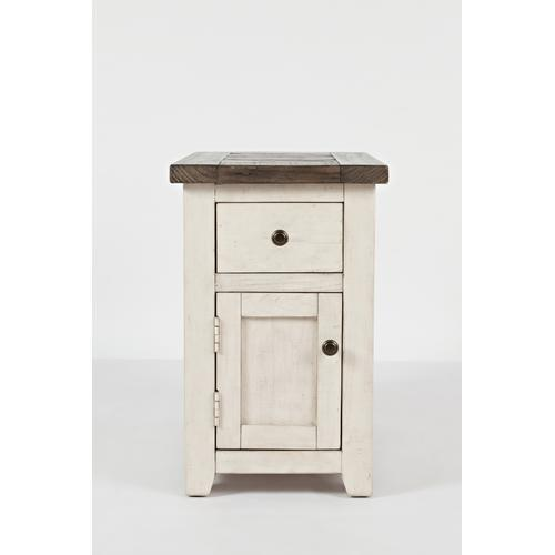 Madison County Chairside Table - Vintage White