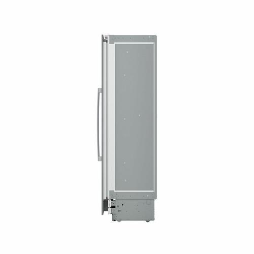 Benchmark® Built-in Freezer B18IF900SP