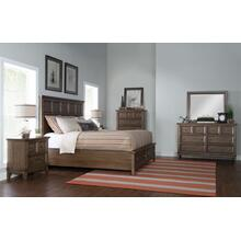 Forest Hills Panel Bed w/Storage Footboard, Queen 5/0
