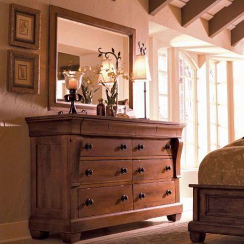 Tuscano Dresser