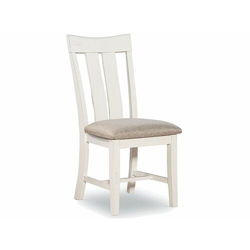 Chair available also with wood seat.