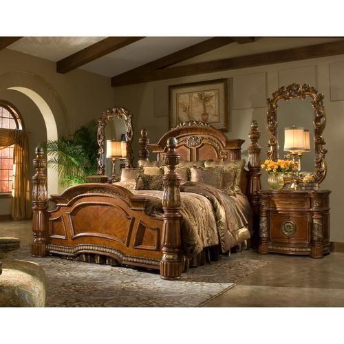 Amini - Cal King Low Poster Bed