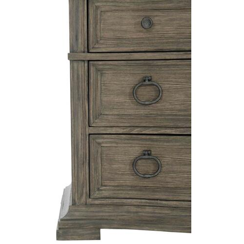 Canyon Ridge Bachelor's Chest in Basalt (397), Desert Taupe (397)